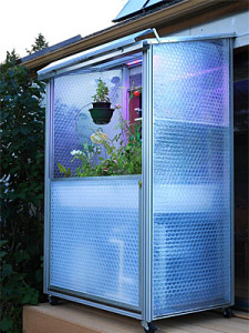 Solar Greens' small scale greenhouses set to blossom on tiny terraces