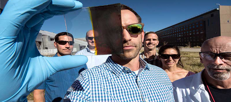 NREL develops innovative switchable solar window
